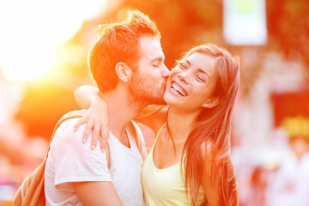online dating kiss on the first date